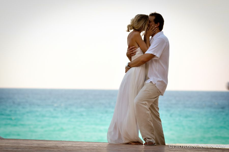 international canadian wedding photographer in mexico